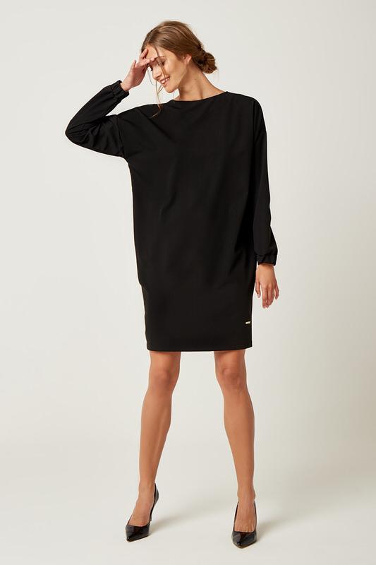 CM4239 Klasyczna sukienka oversize - czarna