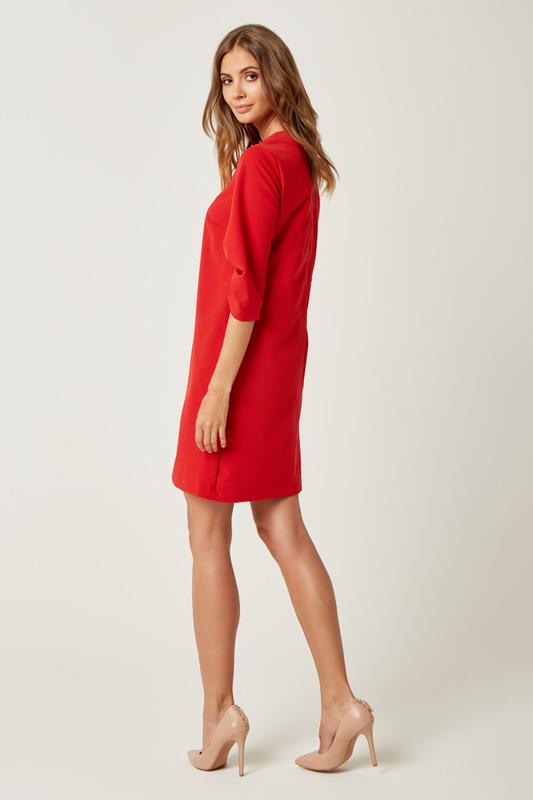 CM4241 Sukienka trapezowa o kroju A - czerwona