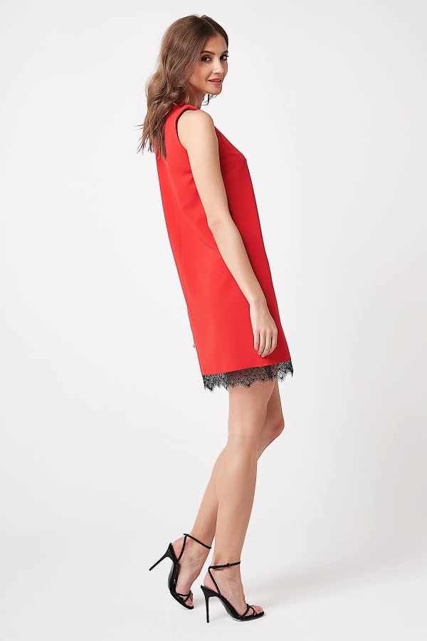 CM4243 Sukienka mini bez rękawów z koronką - czerwona