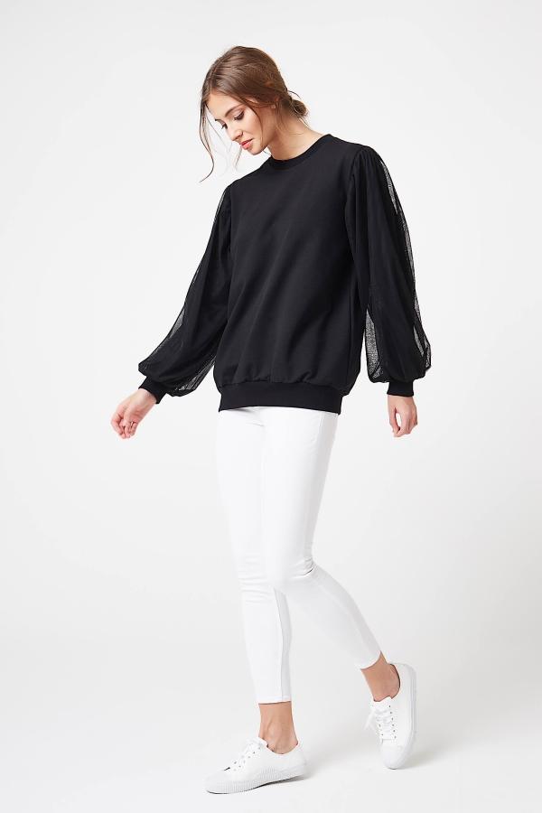 CM4248 Damska bluzka z bufiastymi rękawami - czarna