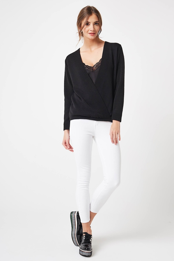 CM4251 Kopertowy sweter z szyfonowym dekoltem - czarny