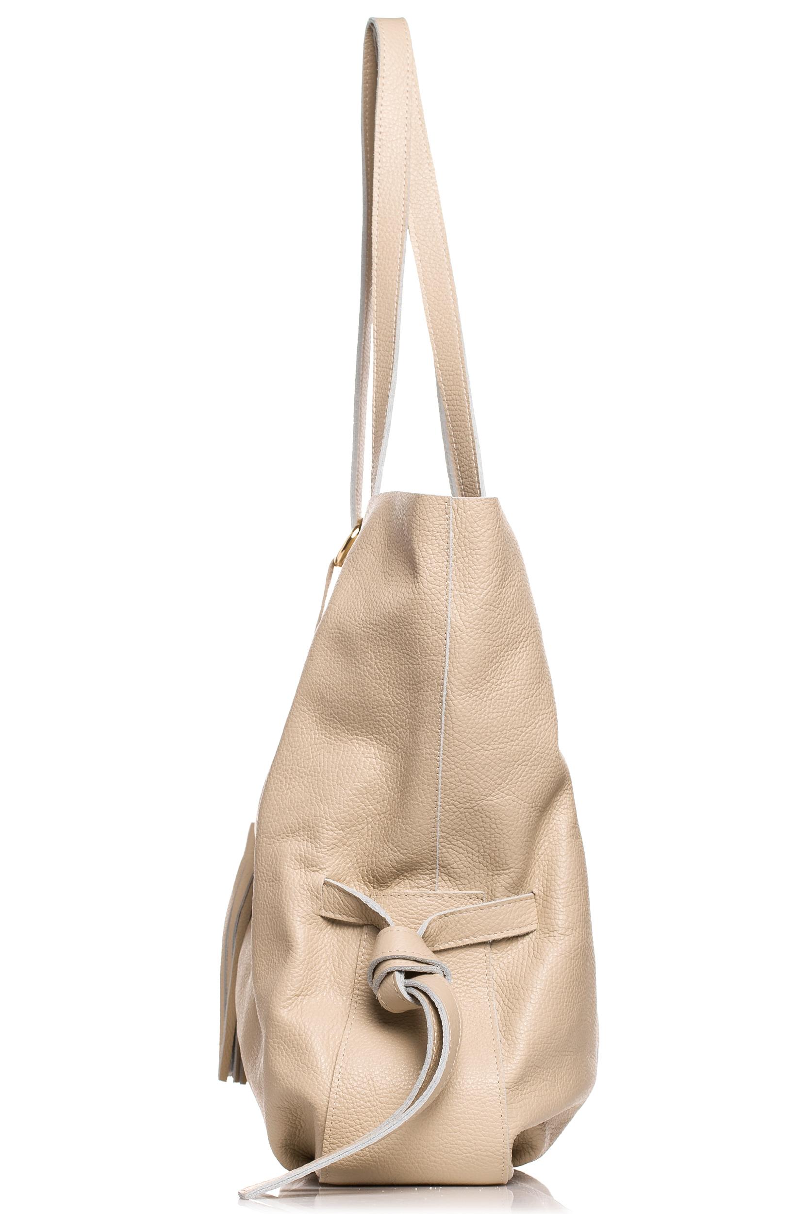 CM4613 Skórzana torebka z ozdobnymi frędzlami - beżowa