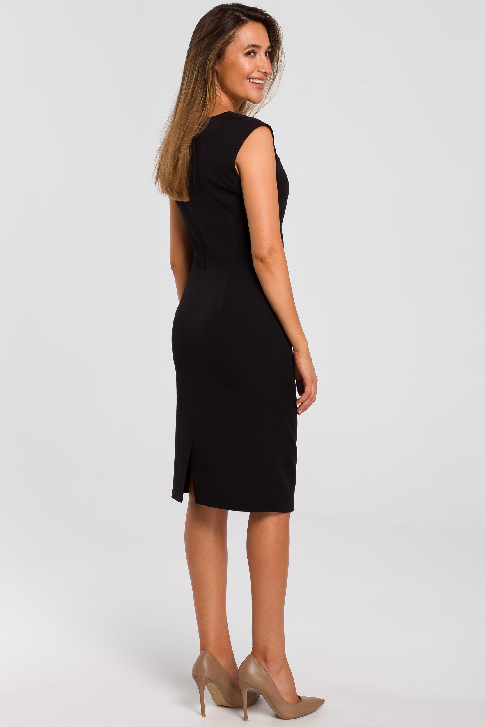 CM4636 Sukienka z dekoltem i marszczeniami na przodzie - czarna