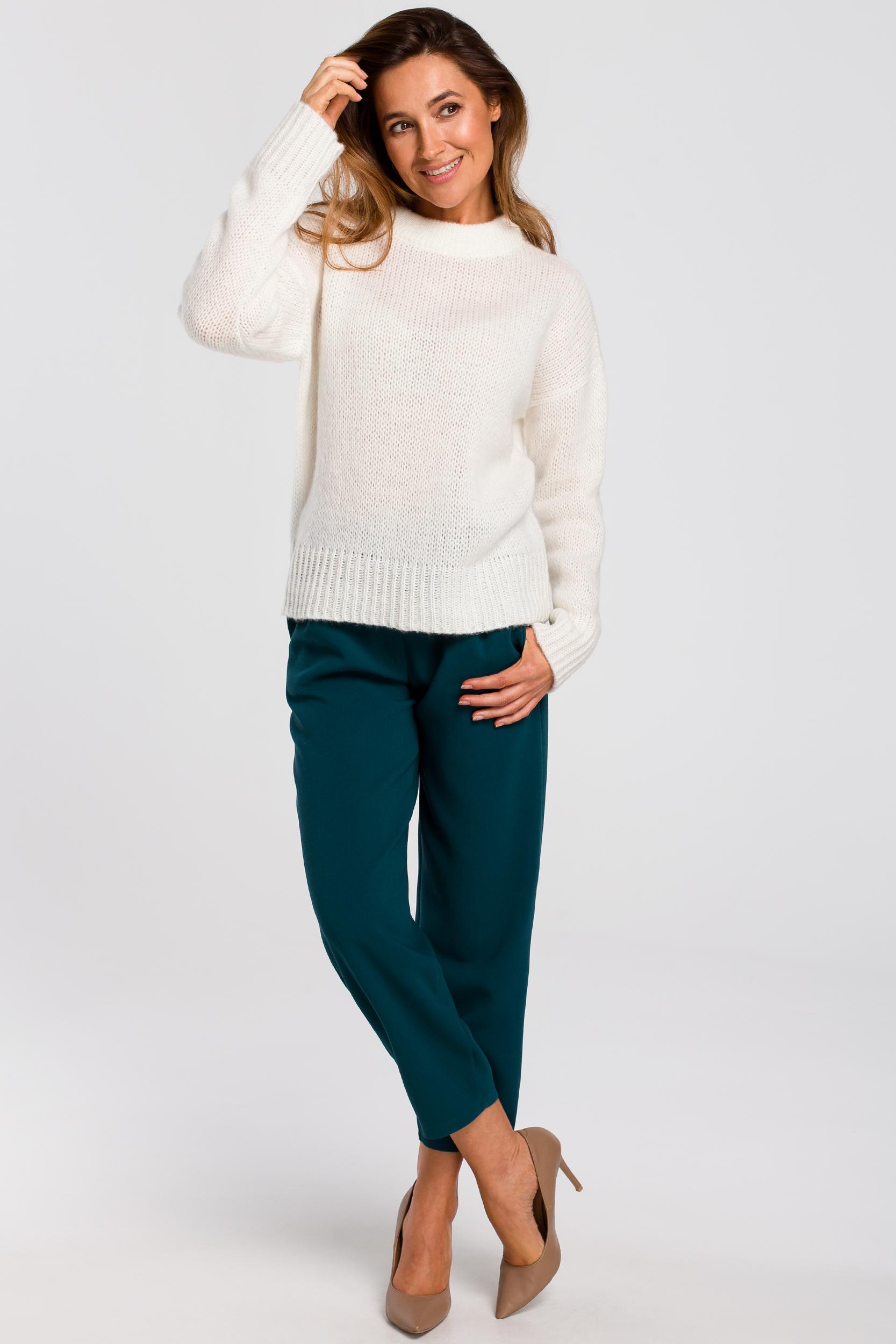CM4647 Krótki sweter o luźnym splocie - ecru