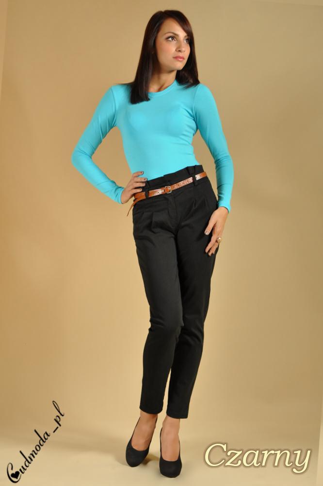 WYCOFANY Spodnie chinosy z paskiem - czarne