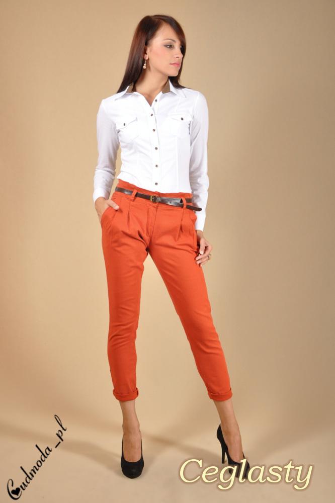 CM0043 Spodnie chinosy z paskiem - ceglaste