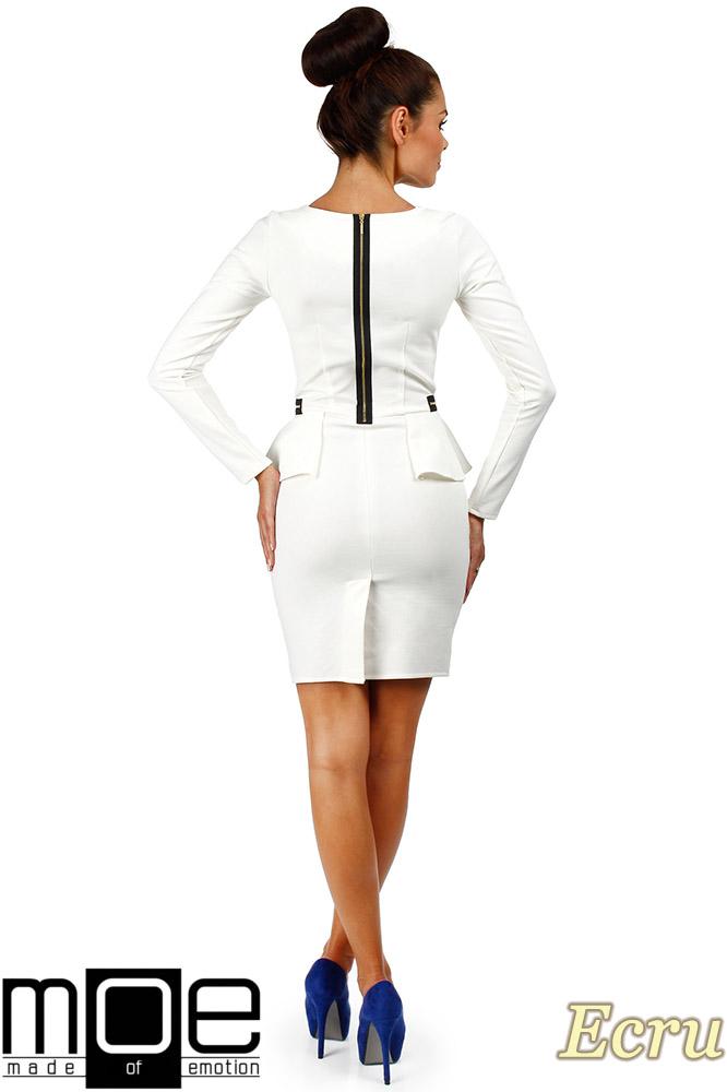 CM0330 Sukienka ołówkowa z baskinką i zameczkami - ecru