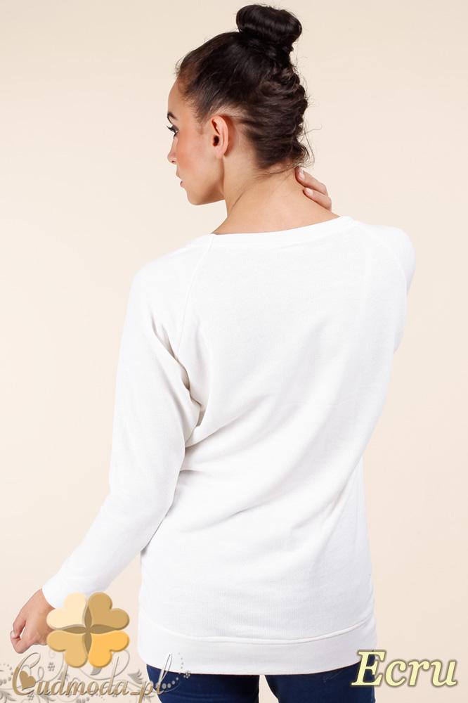 CM0362 Bluza damska z nadrukiem i złotymi ćwiekami - ecru