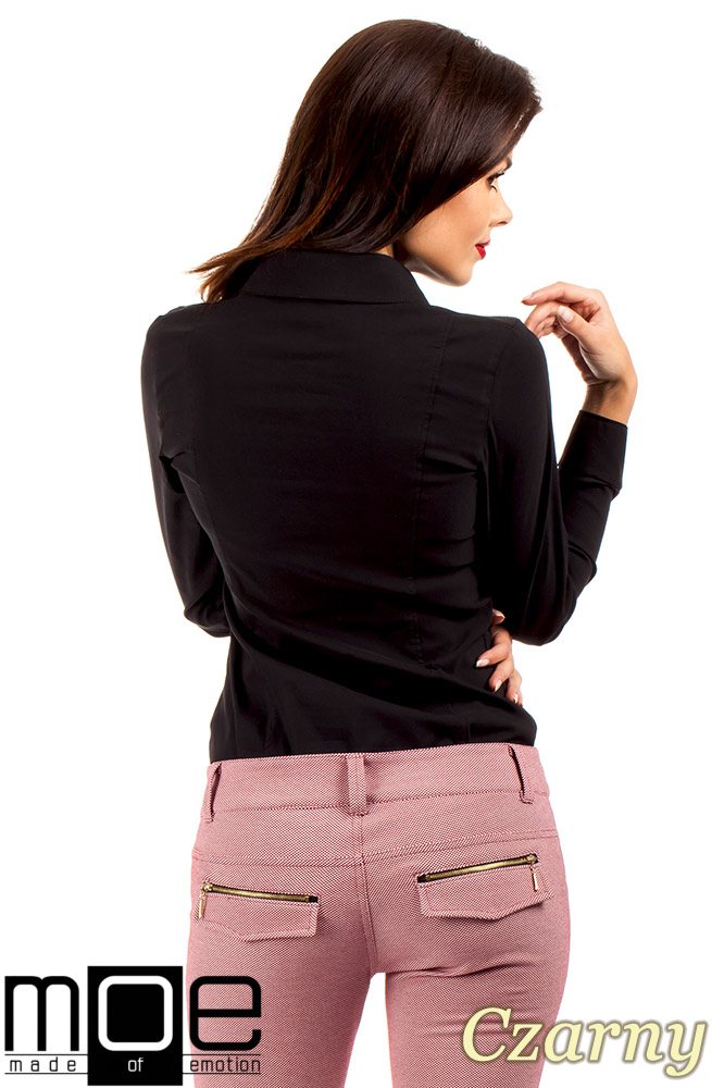 CM0369 Koszula damska z ćwiekami - czarna