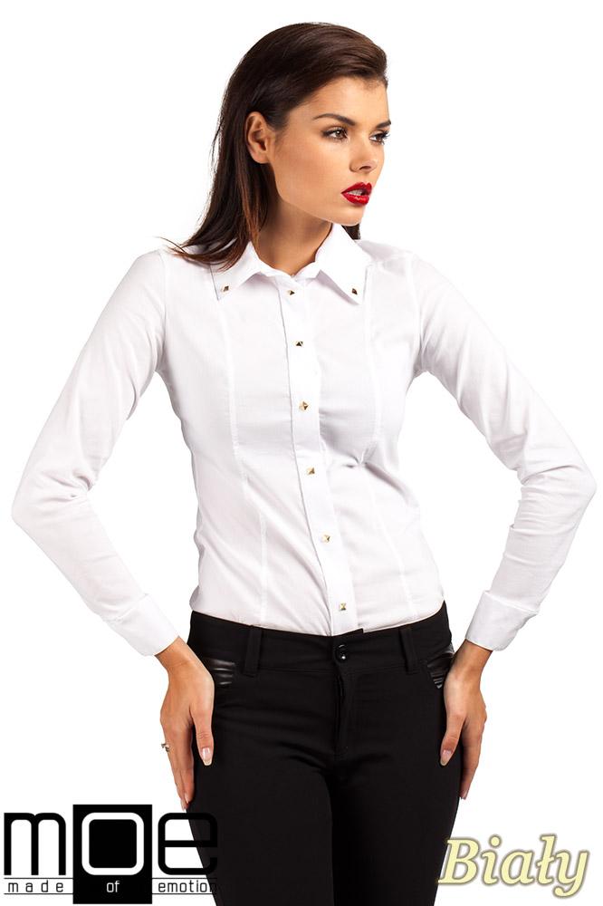 CM0369 Koszula damska z ćwiekami - biała