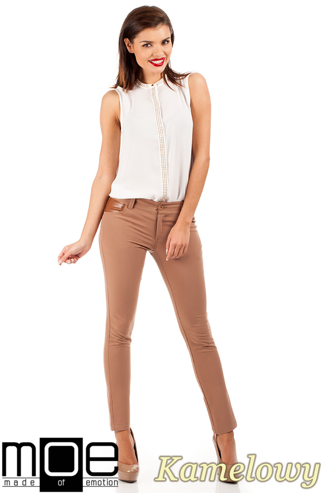 CM0335 Klasyczne eleganckie spodnie rurki skóra - kamelowe