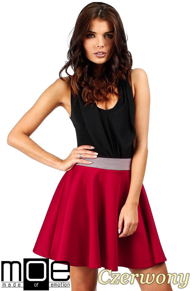 CM0357 Elegancka spódniczka z koła - czerwona