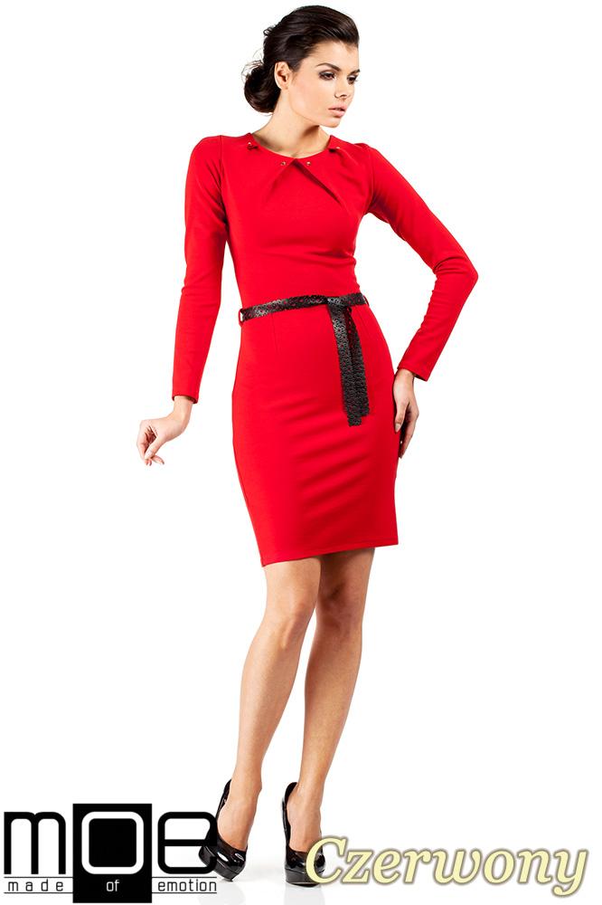 CM0333 Sukienka ołówkowa z ćwiekami - czerwona