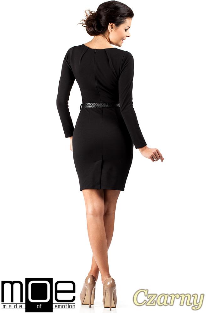 CM0333 Sukienka ołówkowa z ćwiekami - czarna