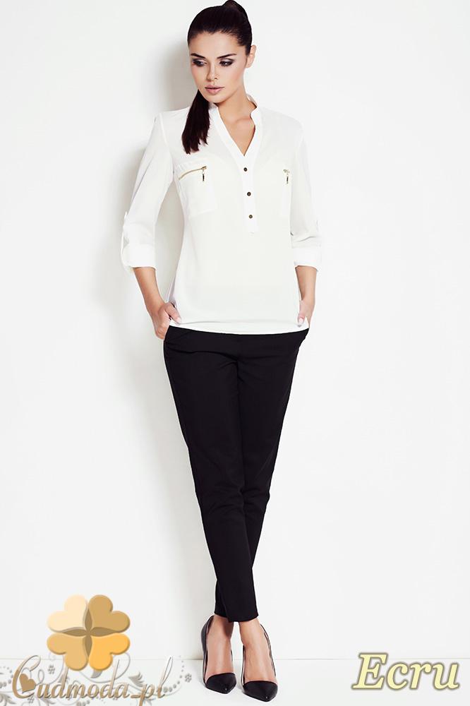 CM0631 AWAMA A51 Kobieca bluzka koszula ze stójką i kieszonkami - ecru