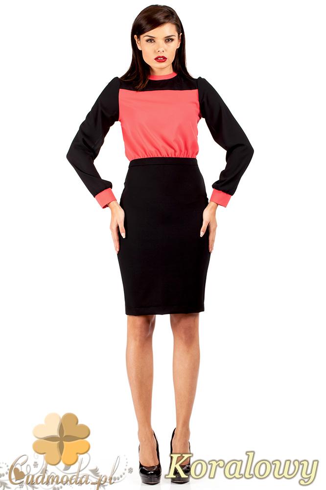 CM0374 Elegancka sukienka z dwukolorowego szyfonu - koralowa