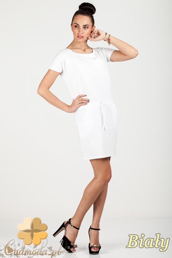 CM0726 Sportowa sukienka mini z kieszonkami i troczkami - biała